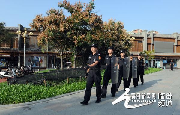 临汾公安直属分局全警全力做好中秋节日安保工作