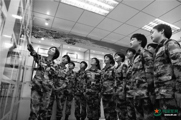 走进这群话务女兵,探寻她们平凡背后蕴藏的制胜密码