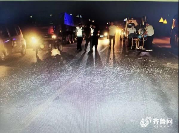 济南平阴一男子驾驶电动三轮车撞人后逃逸 后将车藏在自家仓库