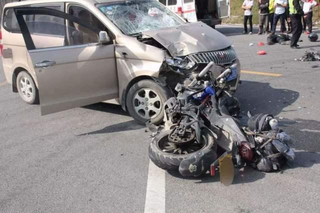 车子停路边被撞,先报警还是先找保险?顺序一旦搞错,分文不赔
