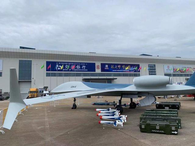 FC31亮相珠海航展,沈飞9年潜心之作,却依旧是全尺寸模型