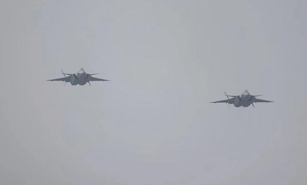 2021珠海航展今开幕!换装国产发动机的改进型歼-20