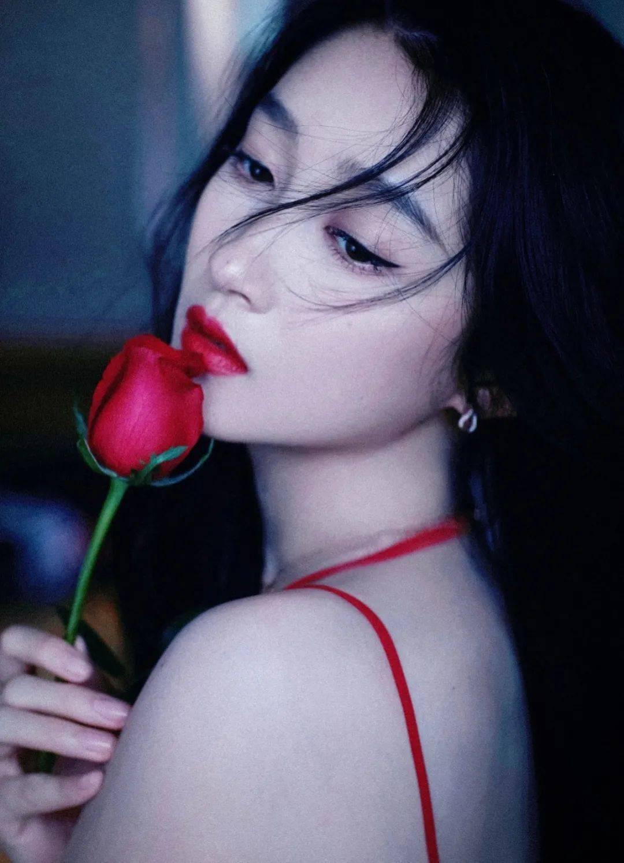华晨宇对某综艺节目组不满?关晓彤不敢给自己打包票?