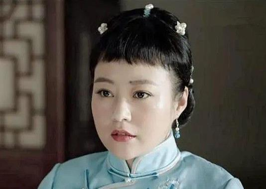 42岁郝蕾演少女,网友们纷纷吐槽