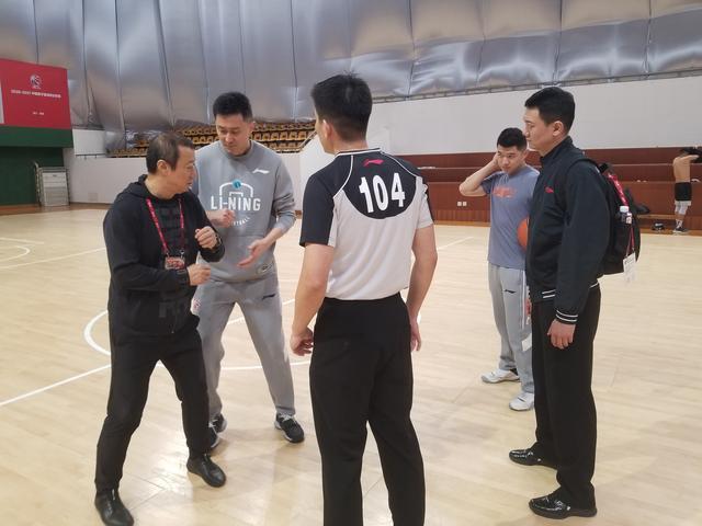 CBA联盟遴派辅佐裁判服务球队训练