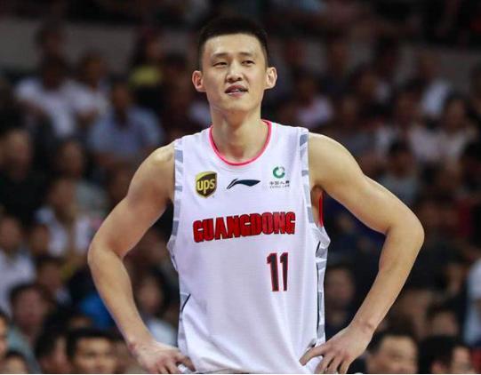 20+5+2+5,中国男篮老队长迸发!胜姚明母队剑指强敌辽宁