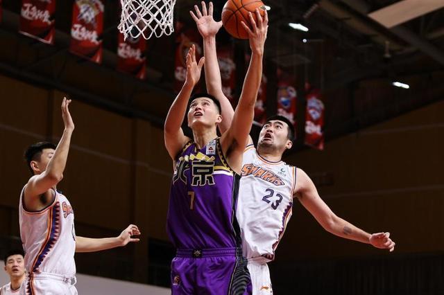 北控打出精彩团队篮球再胜上海队