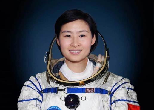 第一位女航天员刘洋:回地面后为啥销声匿迹?真相却让网友心疼